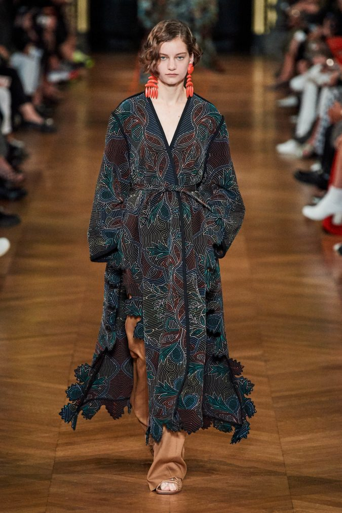 spring-summer-fashion-2020-floral-outfit-Stella-McCartney-675x1013 120+ Lovely Floral Outfit Ideas and Trends for All Seasons 2020