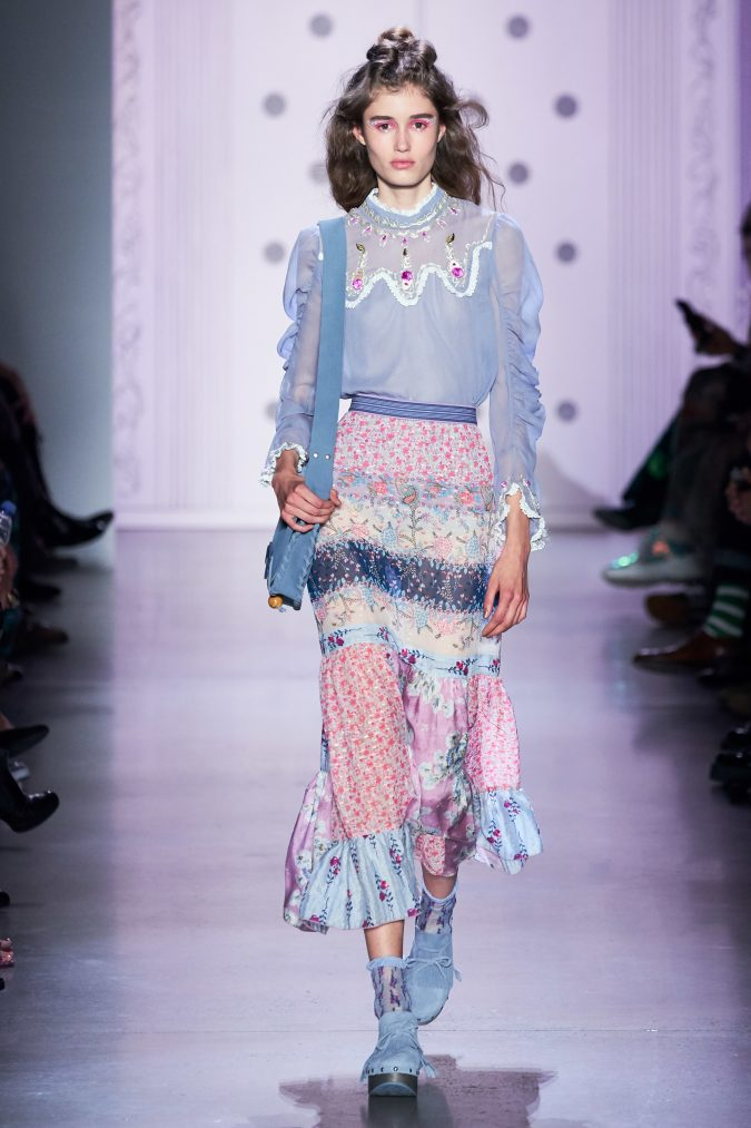 spring-summer-fashion-2020-floral-skirt-Anna-Sui-675x1013 120+ Lovely Floral Outfit Ideas and Trends for All Seasons 2020