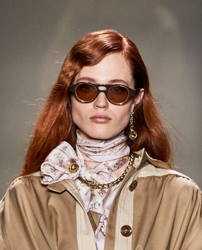 two-textures-weavy-bangs-fall-2020-Zimmermann-675x835 20 Mind-blowing Fall / Winter Hairstyles for Women in 2021