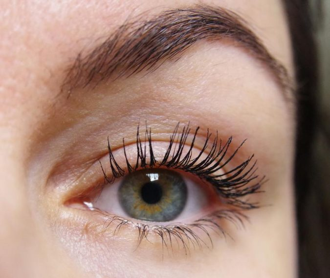 woman-uses-By-Terry-Terrybly-Mascara-675x569 Top 10 World's Most Luxurious Beauty Products