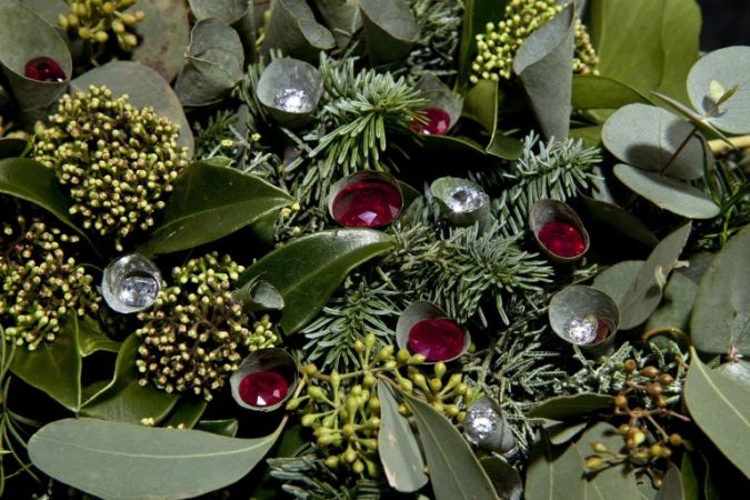 Christmas-decoration-most-expensive-Christmas-wreath-675x450 Top 15 Most Expensive Christmas Decorations