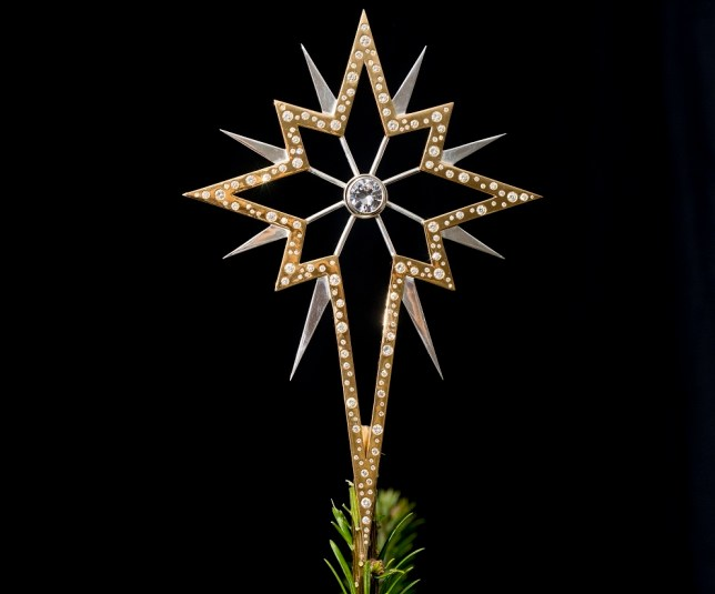 Diamond-Christmas-star Top 15 Most Expensive Christmas Decorations