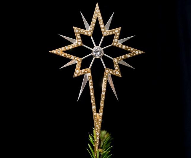 Diamond-Christmas-star Top 15 Most Expensive Christmas Decorations