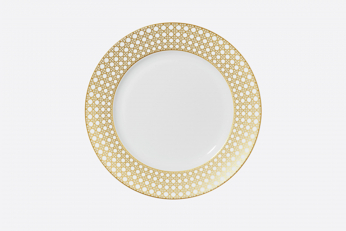 Dior-Cannage-Montaigne-dinner-plate-675x450 Top 15 Most Expensive Christmas Decorations
