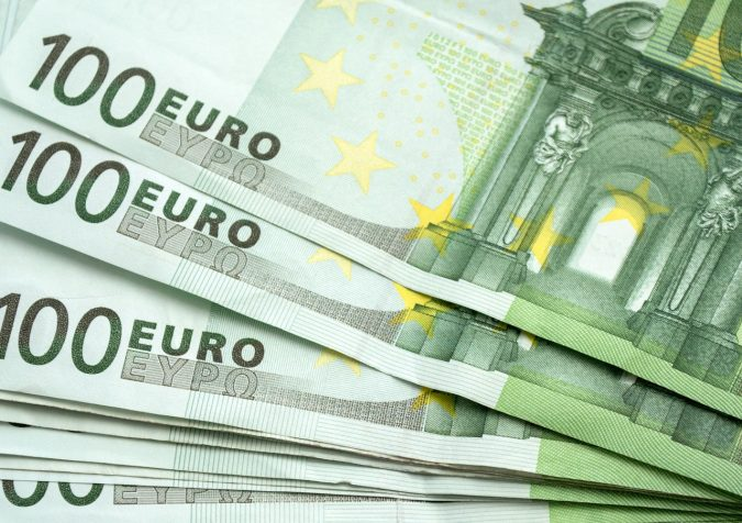 Euro-european-currency-forex-675x476 Currency Pair Trading for Beginners - The Key Considerations