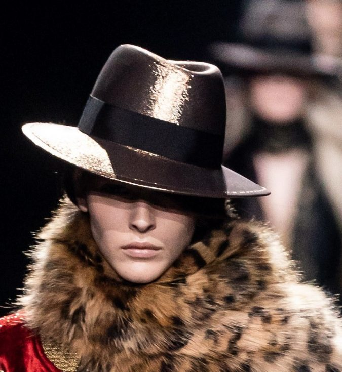 Fall-winter-fashion-2020-sparkly-hat-Saint-Laurent-675x735 10 Elegant Women's Hat Trends For Winter 2020