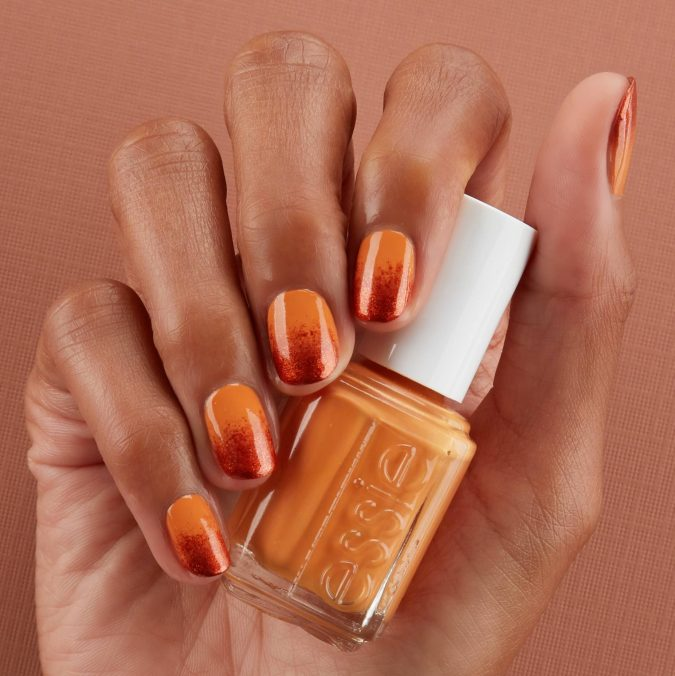 Pumpkin-Spice-Ombre-nails-675x676 10 Lovely Nail Polish Trends for Fall & Winter 2020