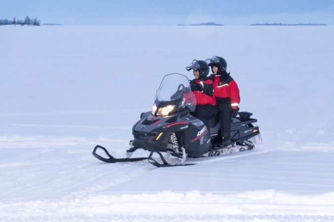 Snowmobile-675x450 Top 10 Most Luxurious Wedding Gift Ideas for Wealthy Couple