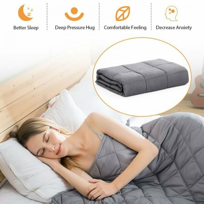 Weighted-Blanket.-675x675 Relieving Stress Using Natural Methods