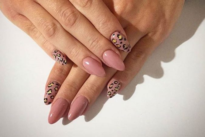 animal-prints-nail-art-4-675x450 Top 10 Most Luxurious Nail Designs for 2021