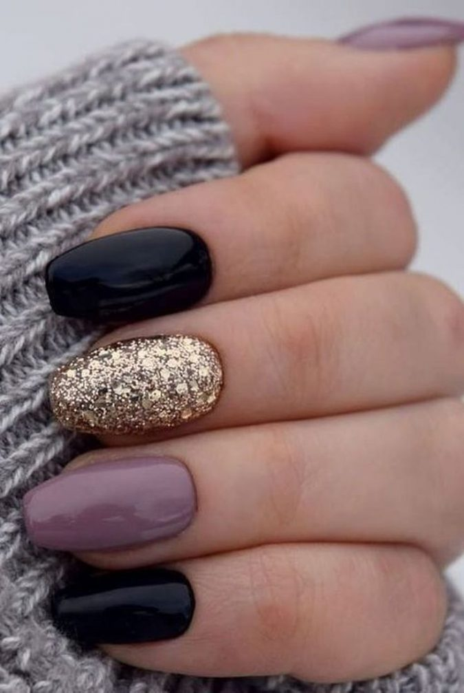 black-gold-cashmir-nails-675x1007 10 Lovely Nail Polish Trends for Fall & Winter 2020