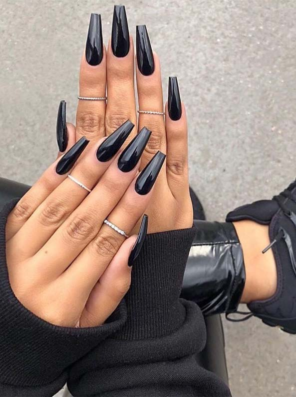 black-long-coffin-nails 10 Lovely Nail Polish Trends for Next Fall & Winter