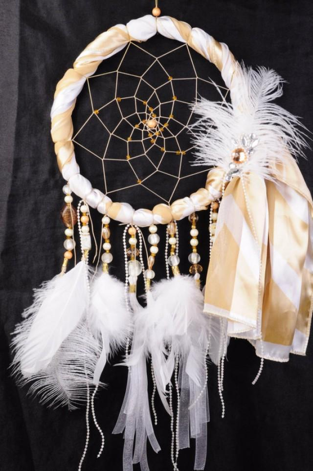 boho-dreamcatcher-new-year-decoration 10 Breathtaking New Year's Eve Party Decoration Trends 2020
