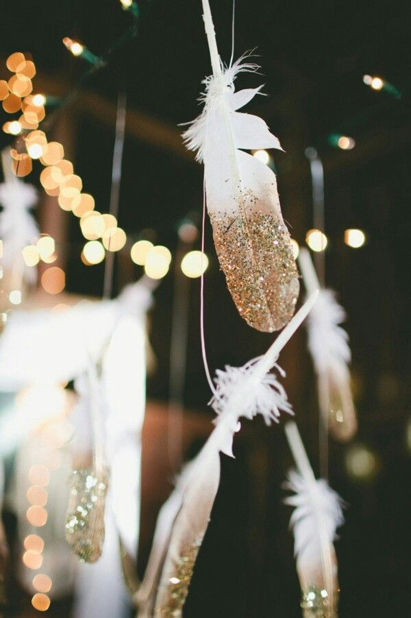 boho-new-years-eve-decoration 10 Breathtaking New Year's Eve Party Decoration Trends 2021