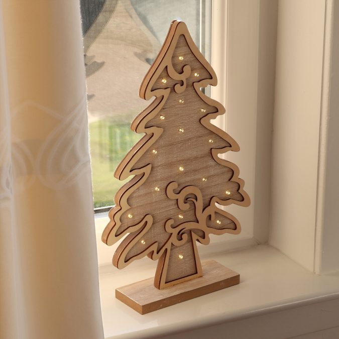 chrismas-decoration-wooden-tree-675x675 50+ Hottest Christmas Decoration Ideas for 2020