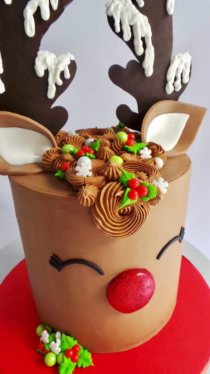 christmas-cake-Rudolph-675x1201 16 Mouthwatering Christmas Cake Decoration Ideas 2020