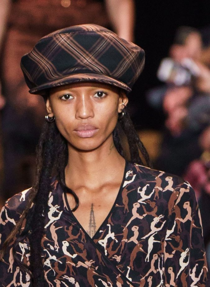 fall-fashion-2019-earthy-colors-Michael-Kors-675x924 10 Elegant Women's Hat Trends For Winter 2020