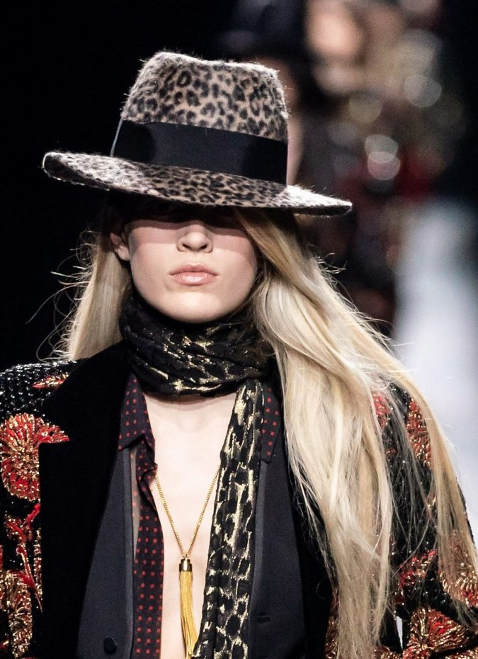 fall-winter-fashion-2020-animal-printed-hat-Saint-Laurent-675x930 10 Elegant Women's Hat Trends For Winter 2020