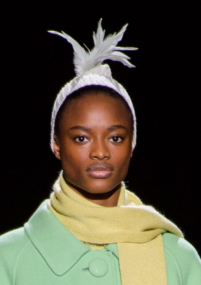 fall-winter-fashion-2020-beanie-Marc-Jacobs-5-675x957 10 Elegant Women's Hat Trends For Winter 2020