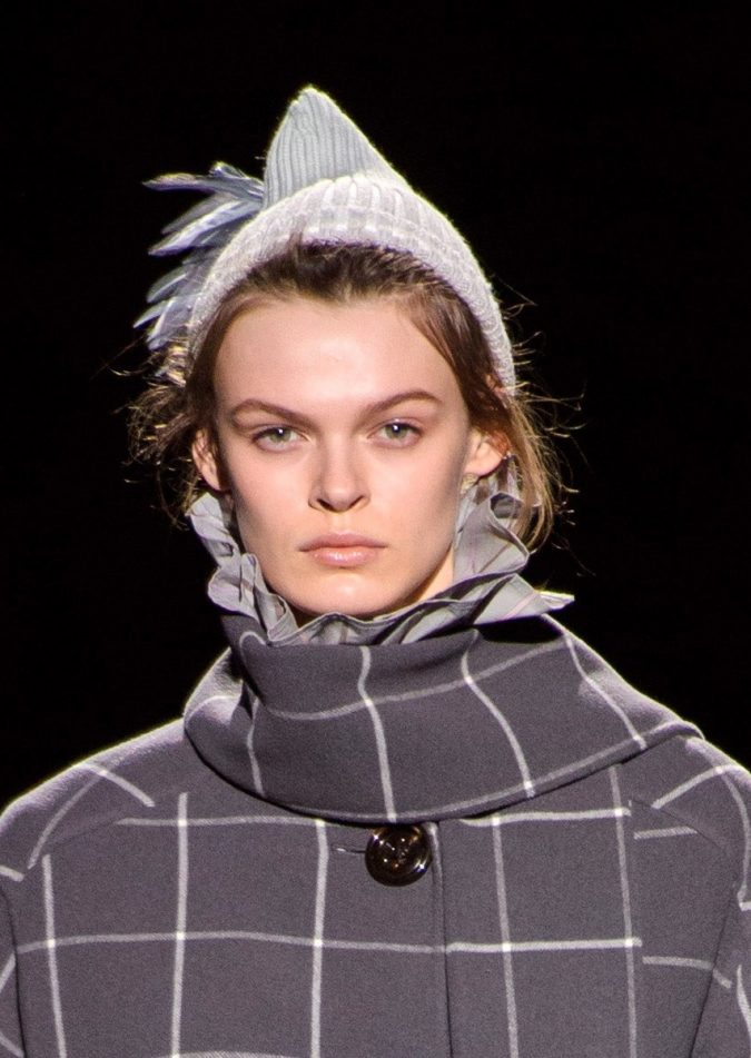 fall-winter-fashion-2020-beanie-Marc-Jacobs-6-675x951 10 Elegant Women's Hat Trends For Winter 2020