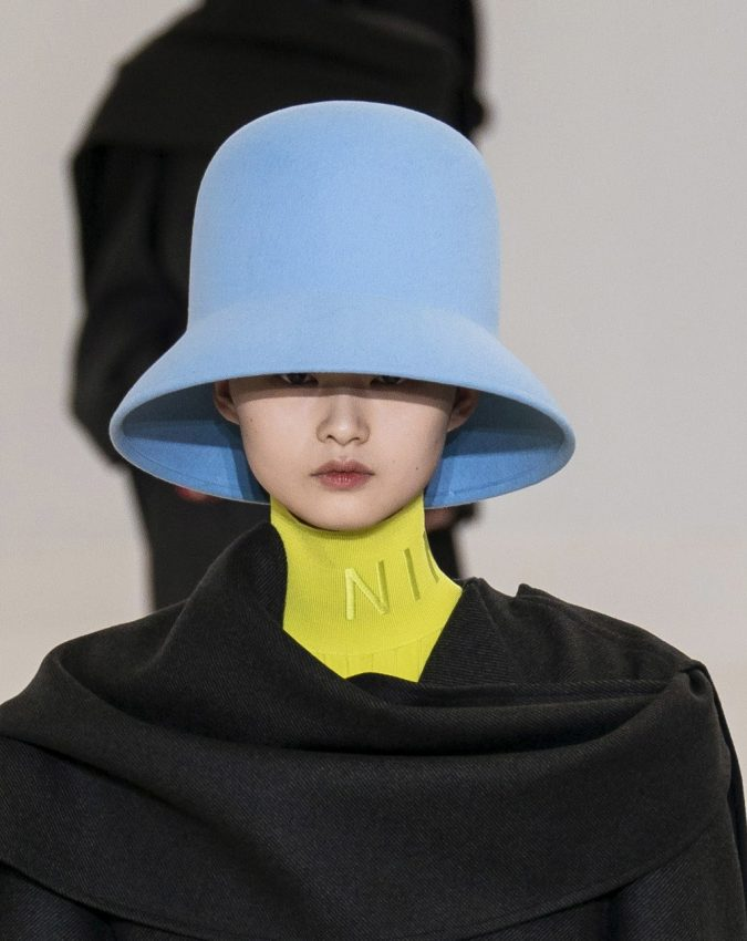 fall-winter-fashion-2020-bucket-hat-Nina-Ricci-2-675x850 10 Elegant Women's Hat Trends For Winter 2020