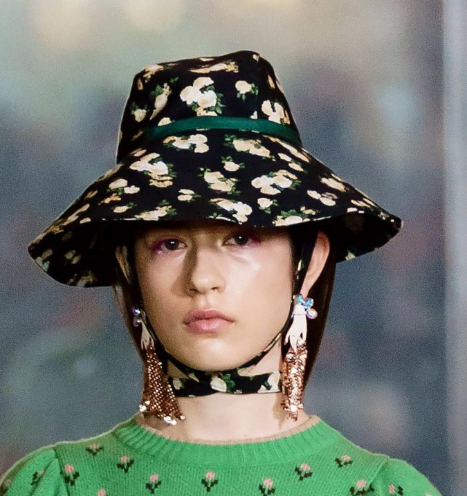fall-winter-fashion-2020-bucket-hat-Nina-Ricci-3-675x717 10 Elegant Women's Hat Trends For Winter 2020