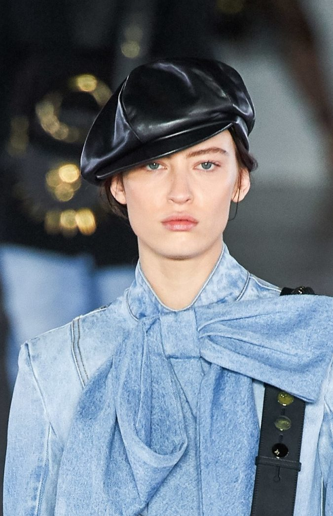 fall-winter-fashion-2020-jeans-bows-Balmain-675x1045 10 Elegant Women's Hat Trends For Winter 2020
