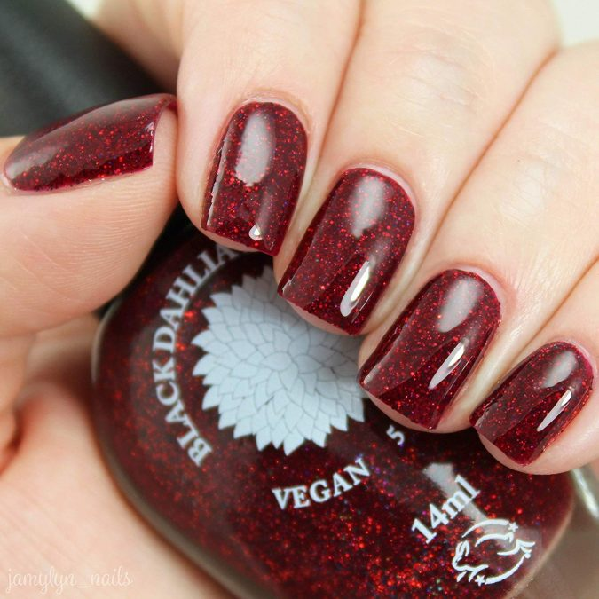 glitter-red-nails-675x675 10 Lovely Nail Polish Trends for Next Fall & Winter