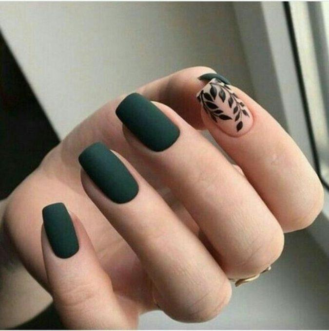 green-nails-black-nail-art-675x680 Top 10 Most Luxurious Nail Designs for 2021