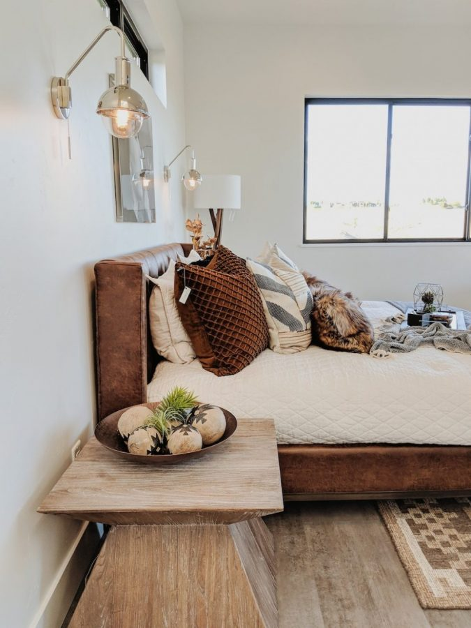 home-decor-bedroom-leather-bed-throw-pillows-675x900 10 Latest Decor Trend Forecasts for Winter 2020