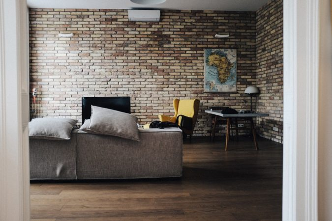 home-decor-exposed-bricks-675x450 10 Latest Decor Trend Forecasts for Winter 2020