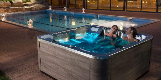 hot-tub-675x338 Top 10 Most Luxurious Wedding Gift Ideas for Wealthy Couple