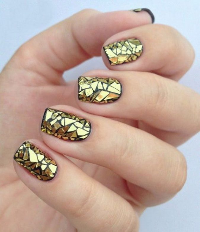 metallic-and-black-nail-art-675x780 Top 10 Most Luxurious Nail Designs for 2021