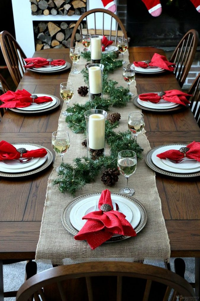 minimalist-christmas-table-decoration-table-runner-675x1013 50+ Hottest Christmas Decoration Ideas for 2020