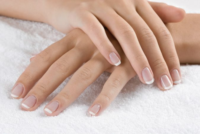 natural-looking-nails-675x452 10 Lovely Nail Polish Trends for Fall & Winter 2020