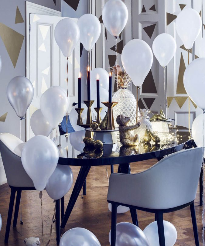 new-year-party-balloons-675x810 10 Breathtaking New Year's Eve Party Decoration Trends 2021
