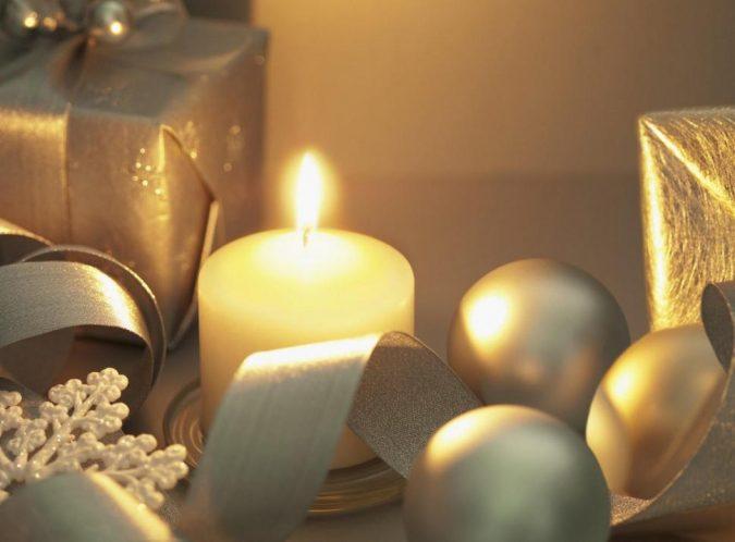 new-years-eve-decoration-Tea-lights-2-675x498 10 Breathtaking New Year's Eve Party Decoration Trends 2021