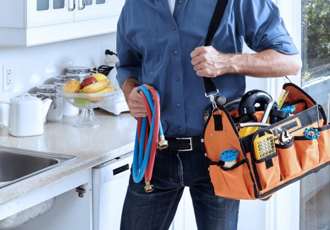 plumber-675x471 A Quick Guide on How to Choose the Best Plumber in Your Area
