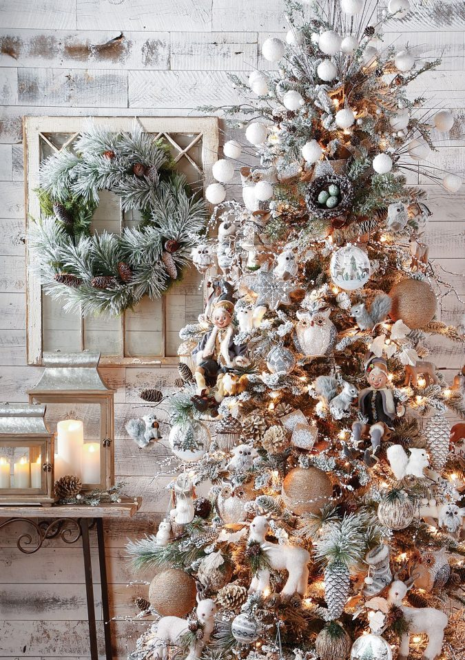 woodland-christmas-decoration-2-675x957 50+ Hottest Christmas Decoration Ideas for 2020