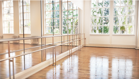 Gym-Mirror 5 Ways of Using Gym Mirrors in Your Home Interior