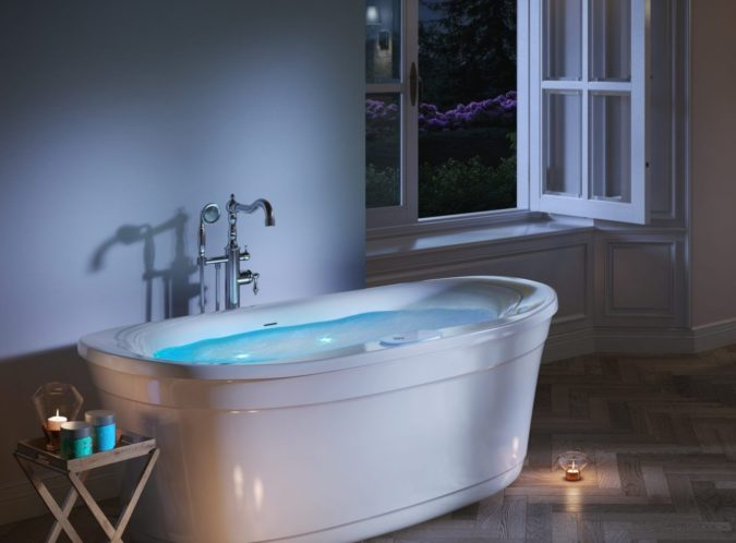 Jacuzzi-675x498 Top 15 Most Luxurious Bathroom Brands