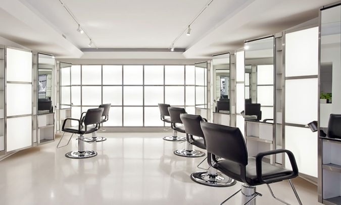 Maxine-salon.-675x406 Top 10 Most Luxurious Hair Salons in the USA