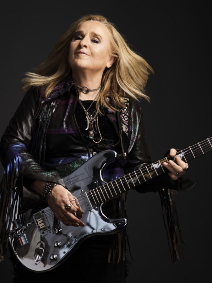 Melissa-Etheridge-675x901 Some Huge Fashion Icons Are Supporting This New Trend