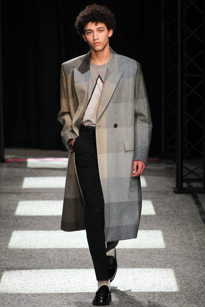 Paul-Smith-for-men-fashion.-675x1012 Top 20 Most Luxurious Men's Fashion Brands