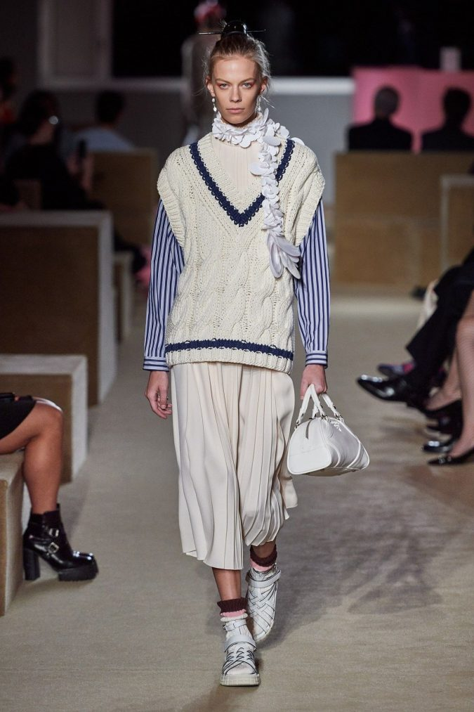Prada-675x1013 Top 20 Most Luxurious Women's Fashion Brands