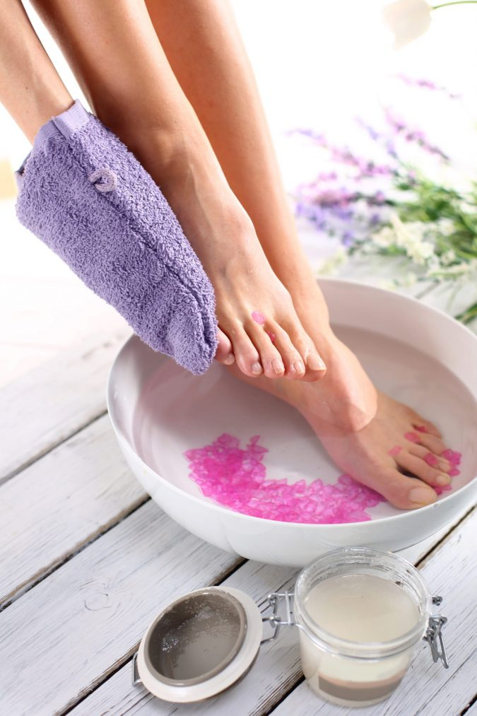 Wash-and-Dry-Your-Feet-675x1013 A Woman's Guide to Promoting Foot Health