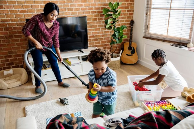 kids-helping-with-the-chores-675x450 Camp Shohola Explains How to Improve Childhood Fitness
