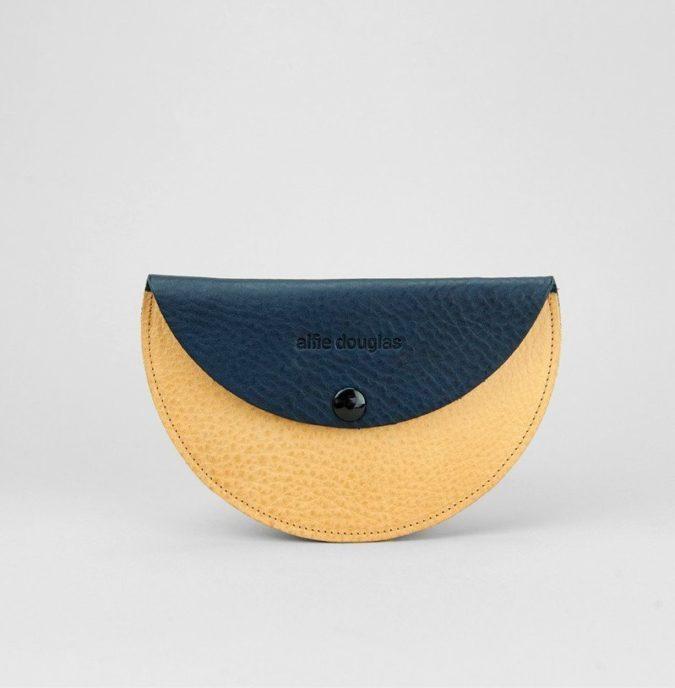 Alfie-Douglas-Moon-Purse-675x688 15 Most Creative Handbag Designers in the UK