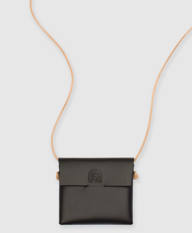 Alfie-Douglas-handbag-mini-case-675x816 15 Most Creative Handbag Designers in the UK