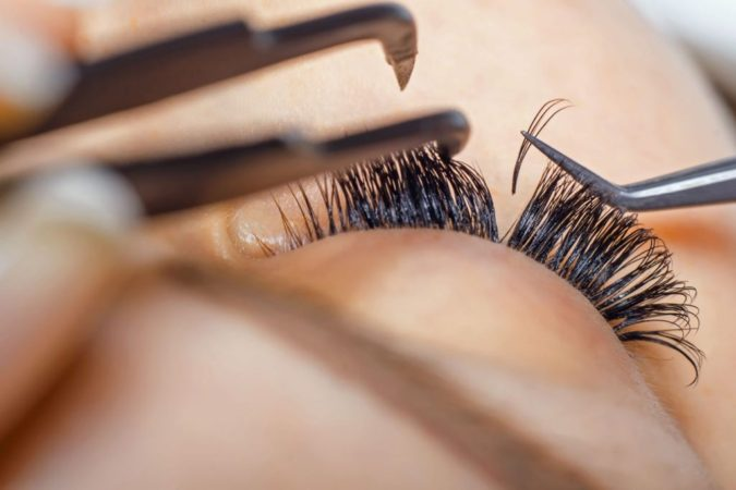 Eyelash-Extensions-675x450 6 Beauty Trends You Have to Try